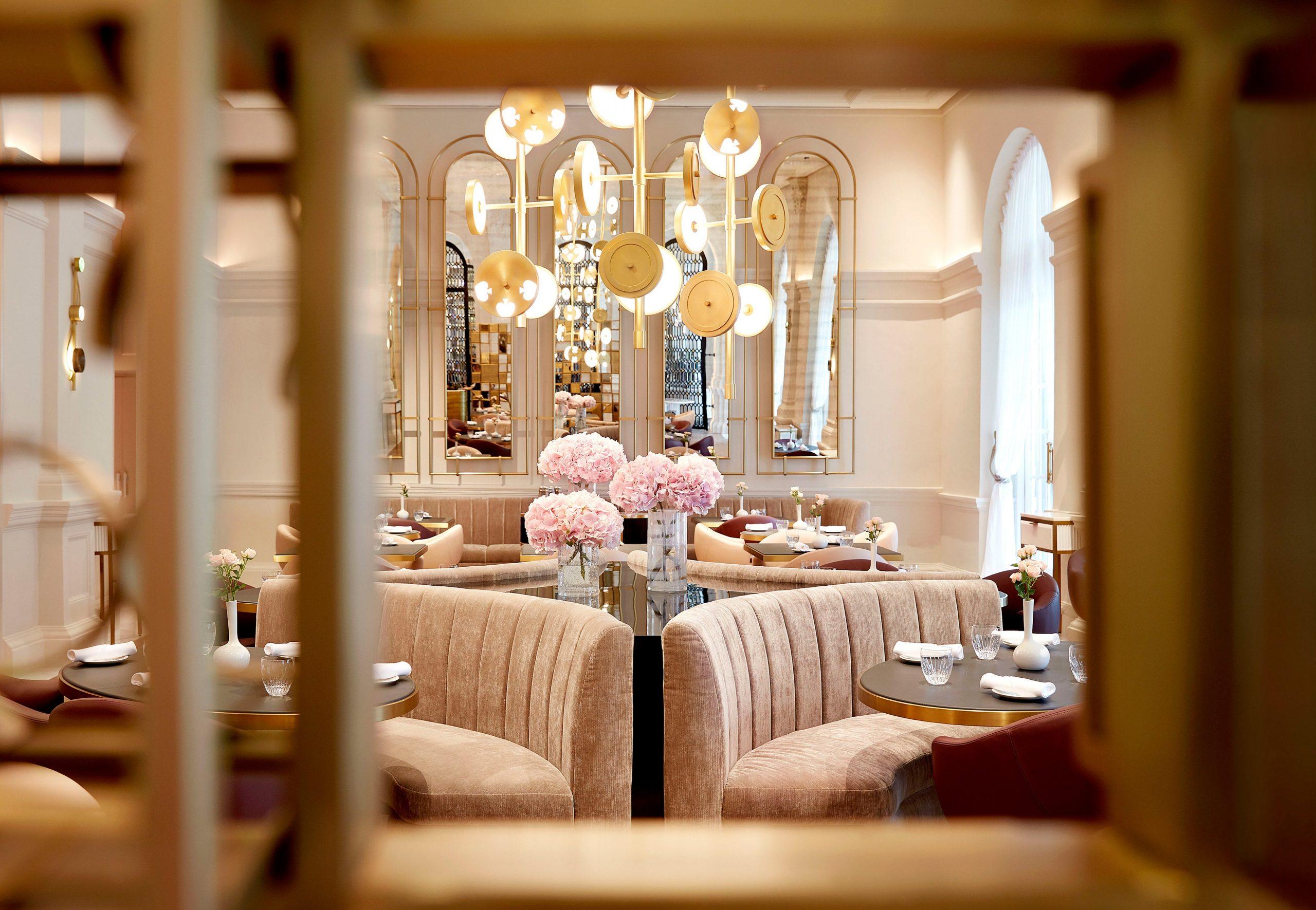 Raffles Hotel Singapur, hoteles para luna de miel en Singapur, luna de miel en Asia - Wedding Hub - 05