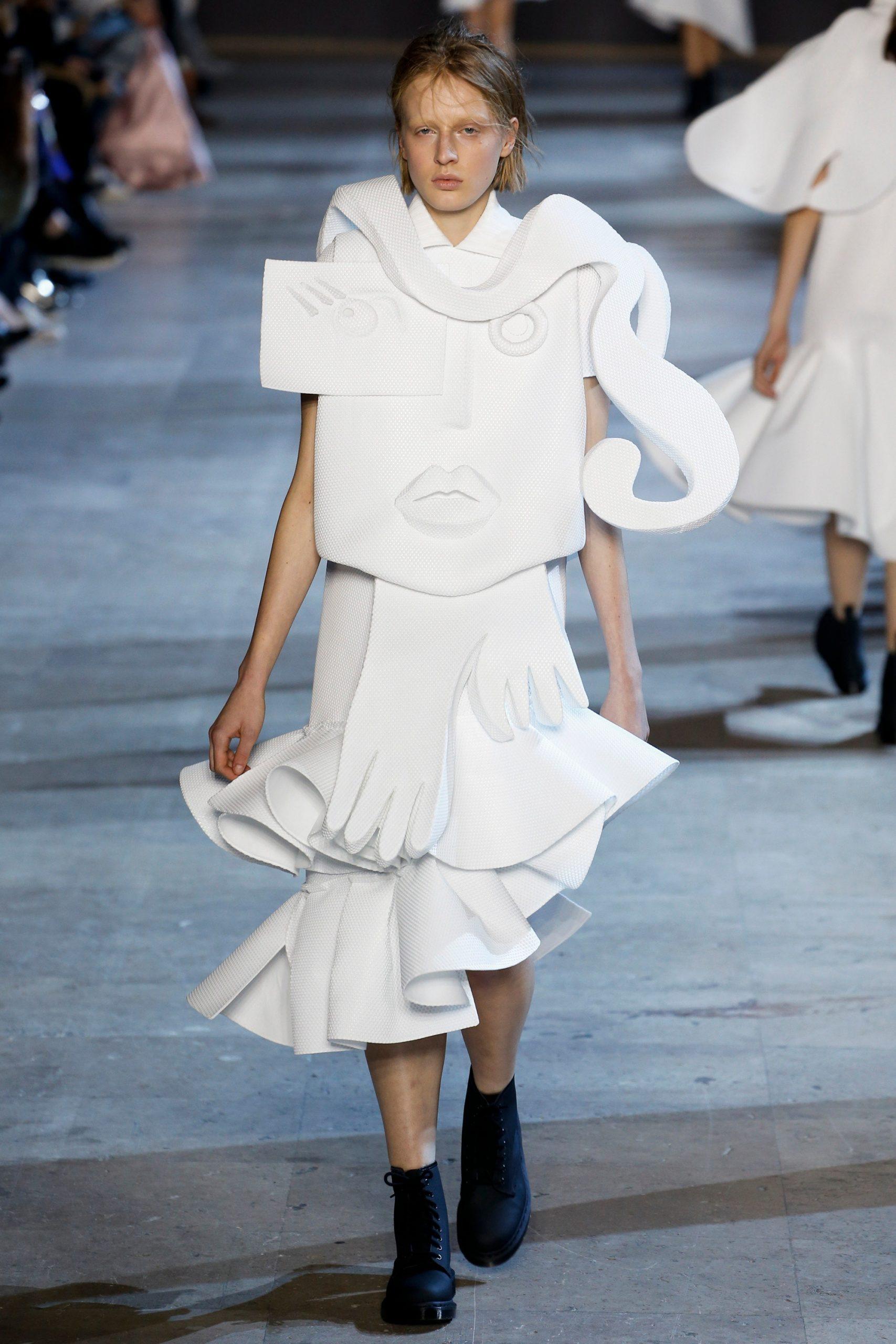 Viktor & Rolf 2016, vestidos de novia inspirados en el arte, vestidos de novia inspirados en el cubismo, vestidos de novia alta costura - Wedding Hub - 012