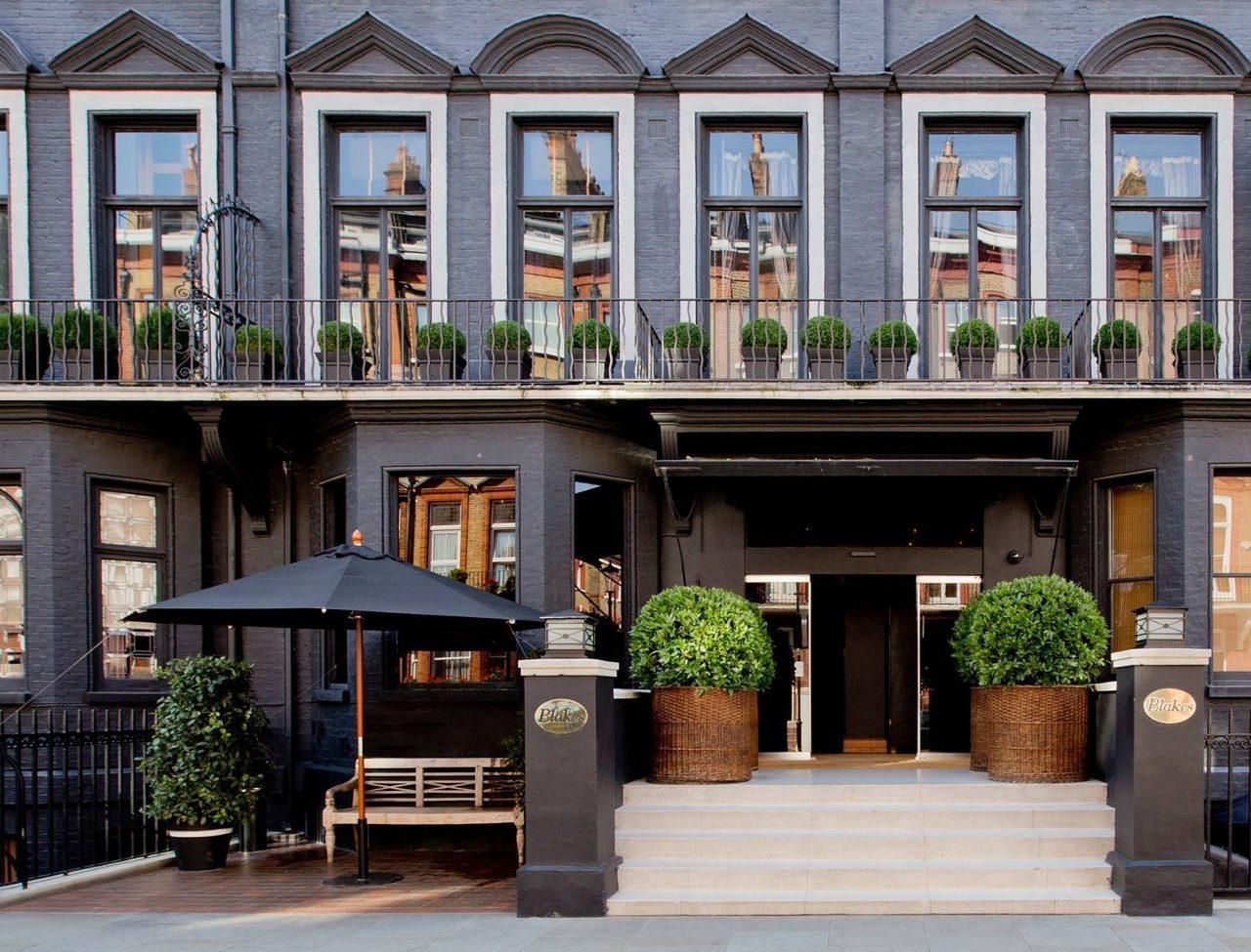 Blakes Hotel: El enigmático hotel boutique londinense de color negro