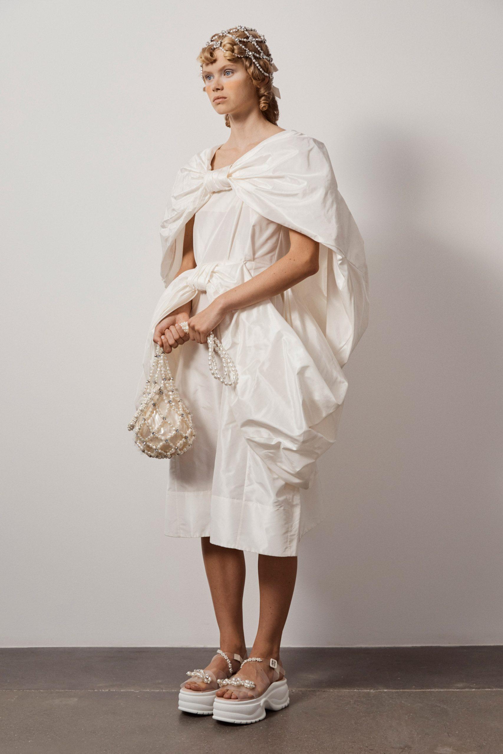 Simone Rocha Spring 2021, vestidos de novia 2021 Simone Rocha - Wedding Hub - 07