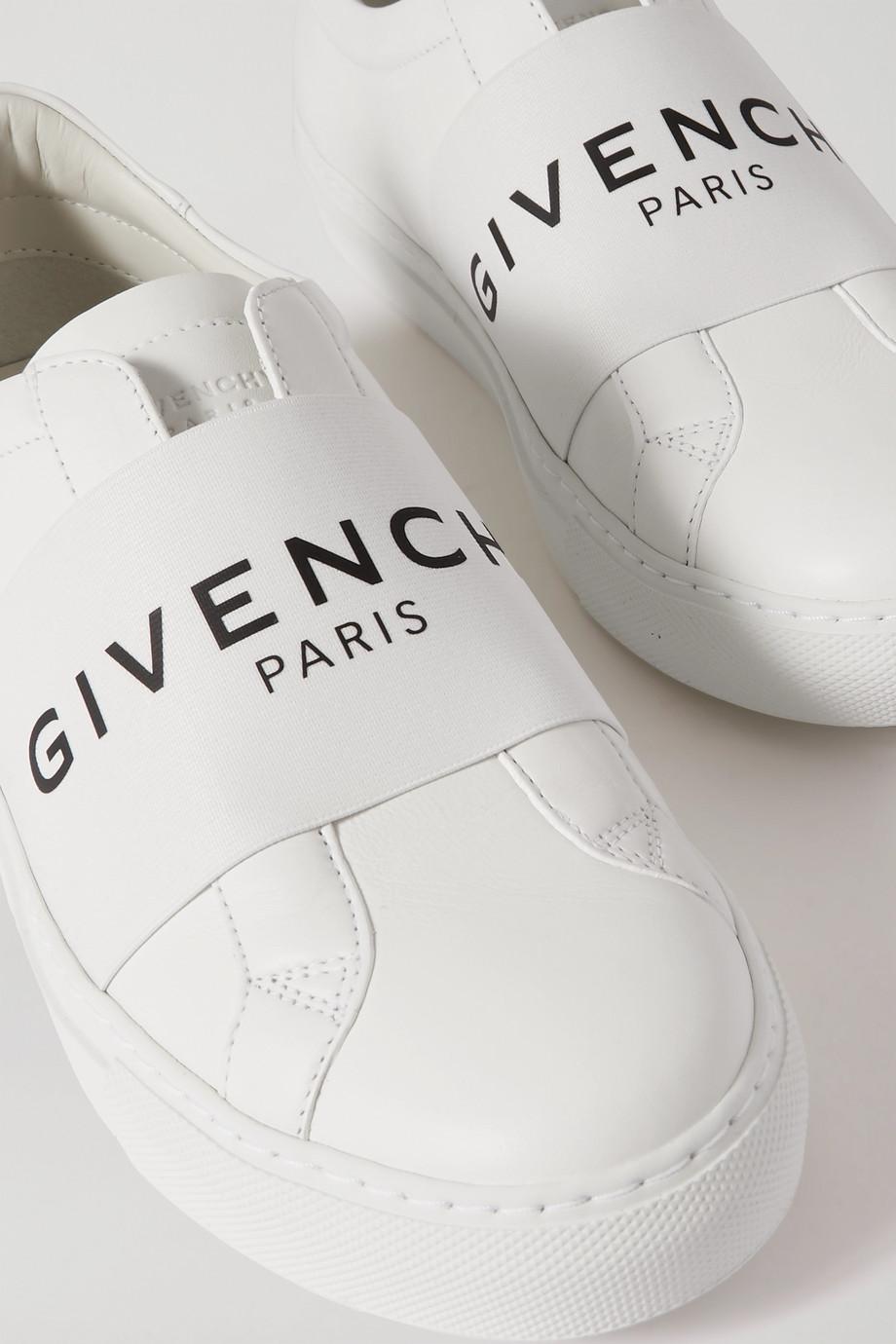 Tenis para novia Net-A-Porter, los tenis más cool para novia - Givenchy - Wedding Hub - 01