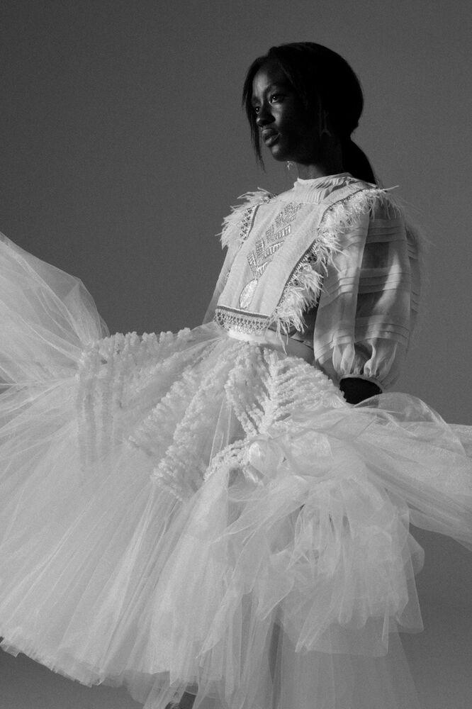 Vestidos de novia Diego Guarnizo - Wedding Hub - 013