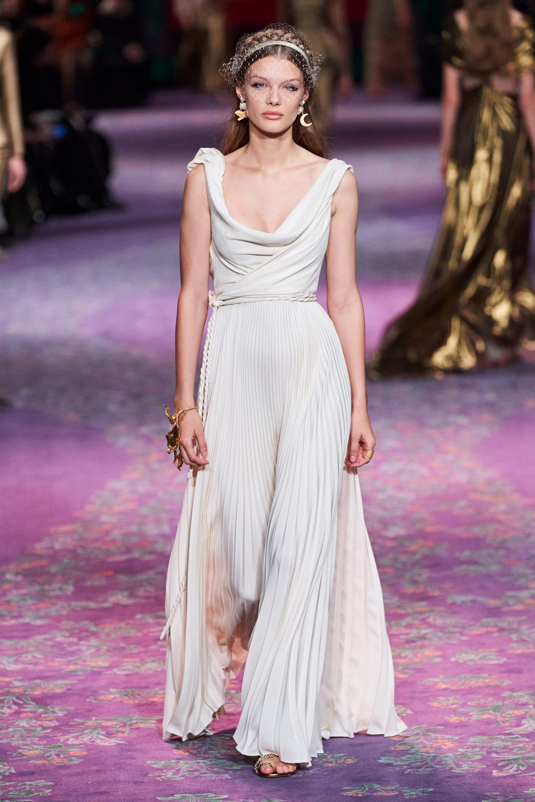 vestidos de novia Christian Dior - Wedding Hub - 03