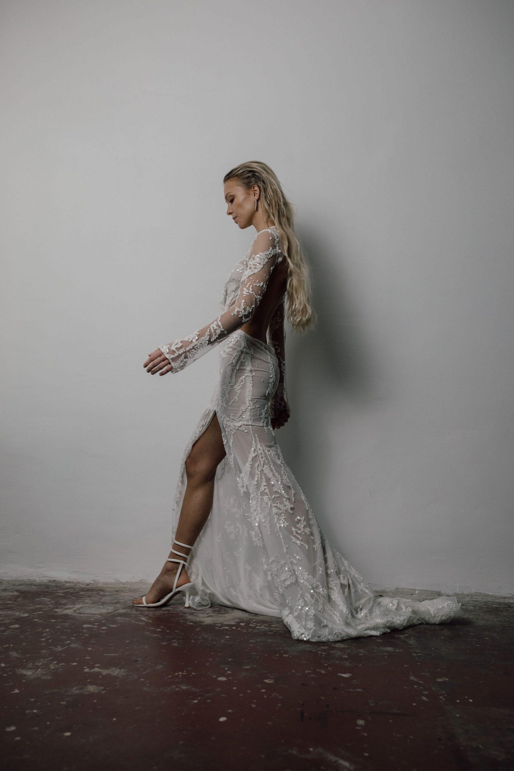 Vestidos de novia Ritual Unions, vestidos de novia 2021, tendencias en vestidos de novia 2021, Blank Collection - Wedding Hub - 020