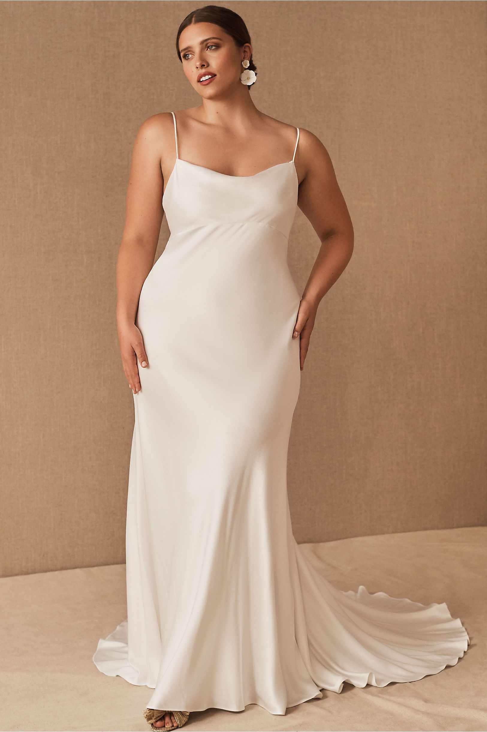 Vestido de novia lencero 2021, vestidos de novia 2021, tendencias para novias 2021, las tendencias en vestidos de novia 2021 - BHLDN - Wedding Hub - 01