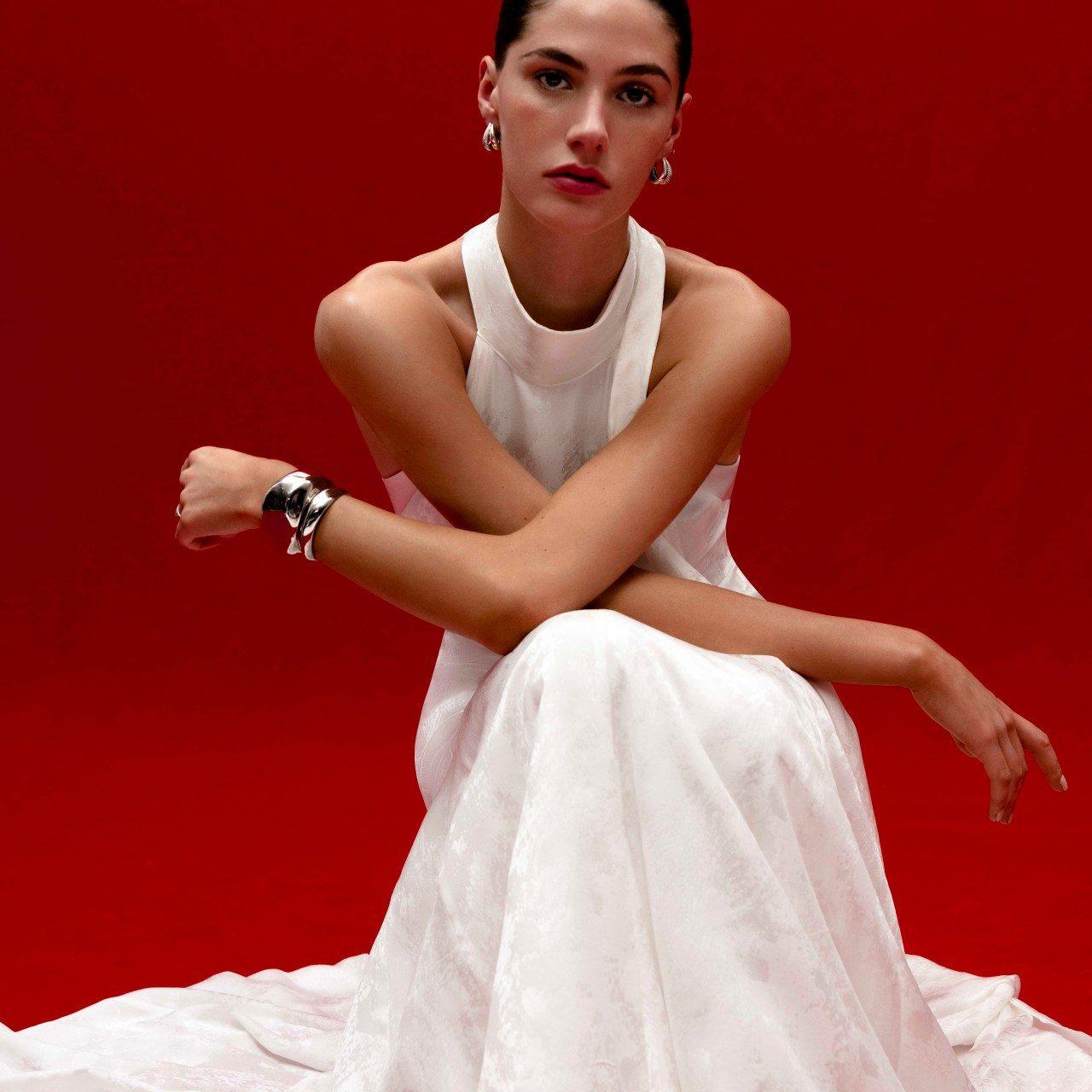 Vestidos de novia Galvan 2022: Tradición, color y folklore de Latinoamérica