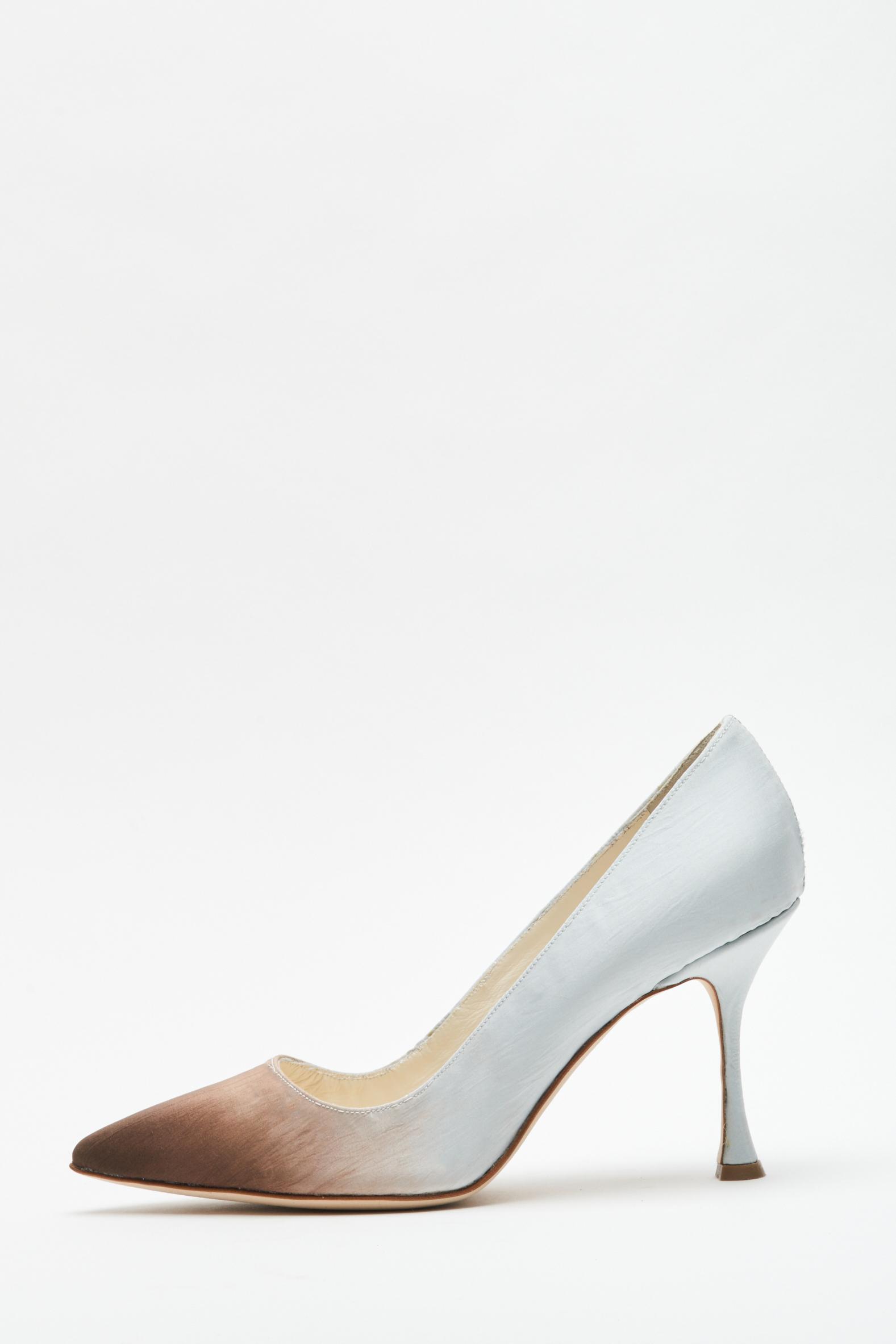 Zapatos de novia Manolo Blahnik para Danielle Frankel, vestidos de novia Danielle Frankel - Wedding Hub - 09