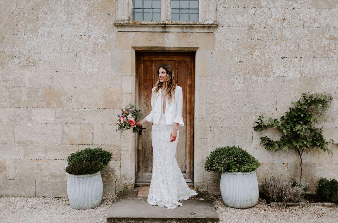 https://weddinghub.wtf/wp-content/uploads/2021/06/Es-necesario-tener-damas-el-día-de-la-boda-Nicola-Dixon-Photography-Wedding-Hub-01-1280x846.jpg