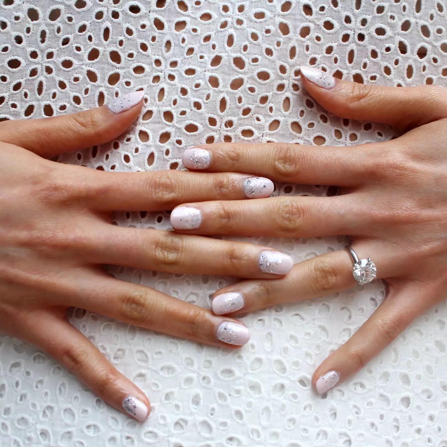 Tendencias en manicure para novias 2021 2022 - Paintbox - Wedding Hub - 01
