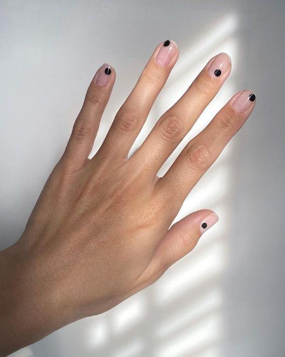 Tendencias en manicure para novias 2021 2022 - - Wedding Hub - 028