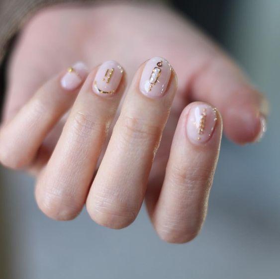 Tendencias en manicure para novias 2021 2022 - - Wedding Hub - 029