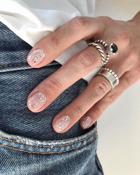 Tendencias en manicure para novias 2021 2022 - - Wedding Hub - 037