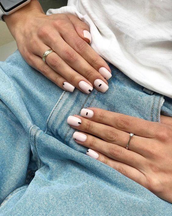 Tendencias en manicure para novias 2021 2022 - - Wedding Hub - 09